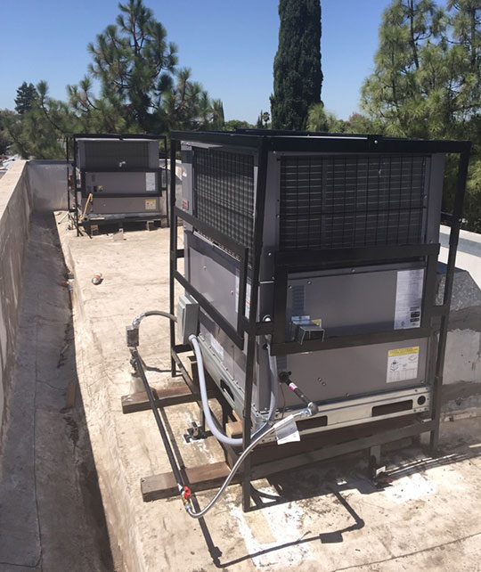 Commercial AC installation in Tracy of packaged rooftop AC units