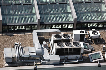 Rooftop commercial HVAC system in Stockton, CA