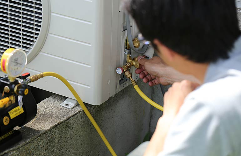 7 tips for preventing emergency air conditioning repairs