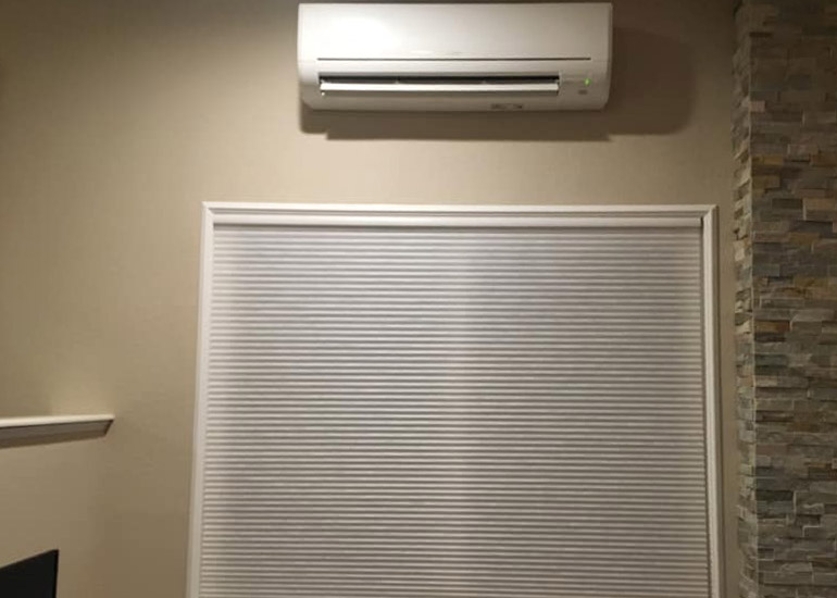 do air conditioners remove humidity?